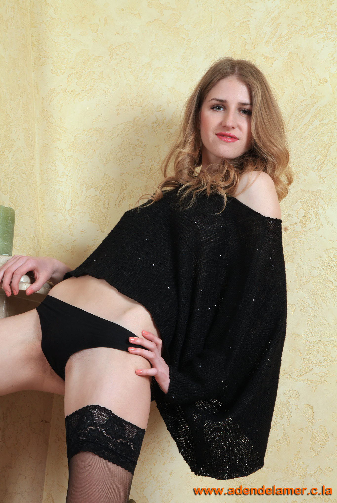 http://jemal.okuh.free.fr/Hairy/319/images/011.jpg